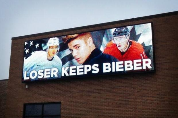 Canada VS USA Hockey Game Tomorrow. This Is a Billboard In Chicago - Breaking911