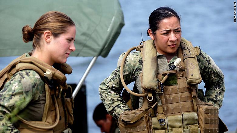 150702145209-us-navy-women-780x439