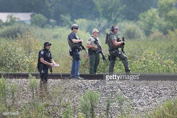 Fox Lake manhunt