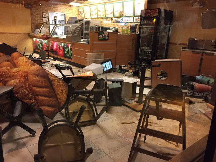Nude Alaskan woman on spice trashes Subway restaurant