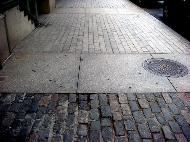 Woman Gives Birth on New York City Sidewalk