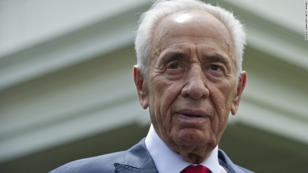 Israeli President Shimon Peres speaks to reporters outside of the West Wing after meeting with US President Barack Obama at the White House on June 25, 2014 in Washington, DC. AFP PHOTO/Mandel NGAN        (Photo credit should read MANDEL NGAN/AFP/Getty Images)