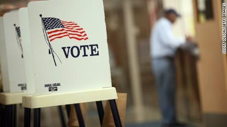vote voting w CREDIT