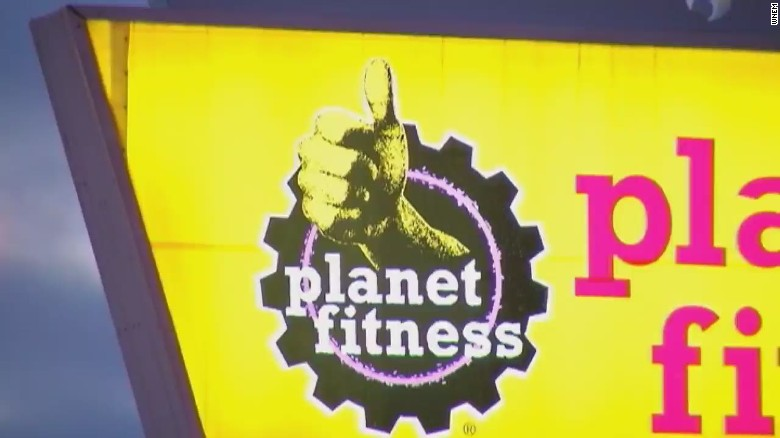 planet fitness w CREDIT