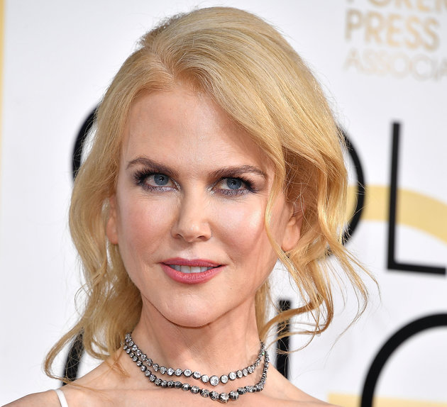 BEVERLY HILLS, CA - JANUARY 08:  Nicole Kidman arrives at the 74th Annual Golden Globe Awards at The Beverly Hilton Hotel on January 8, 2017 in Beverly Hills, California.  (Photo by Steve Granitz/WireImage)
