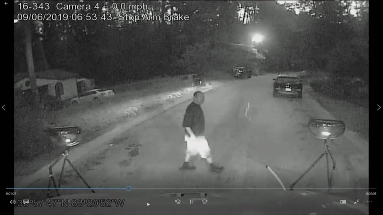 SCARY VIDEO: Man Tries To Hijack School Bus Filled With Children In Georgia - Breaking911